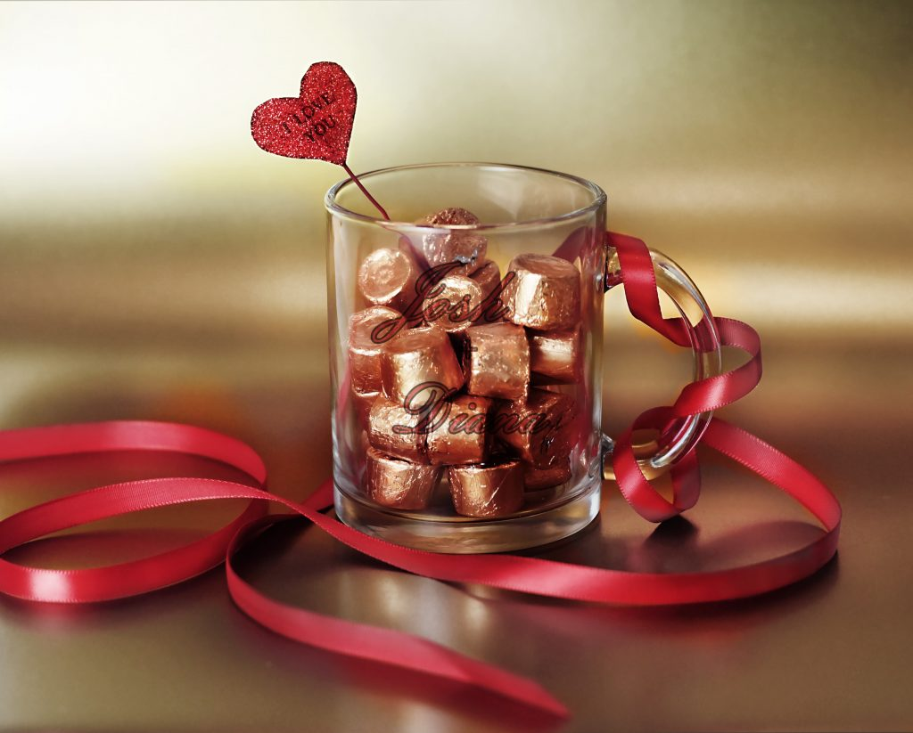chocolates_glass_mug